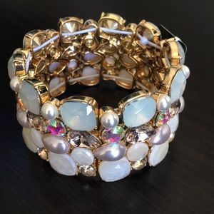 INC Gold-Tone Iridescent Stone/Pearl Bracelet V257
